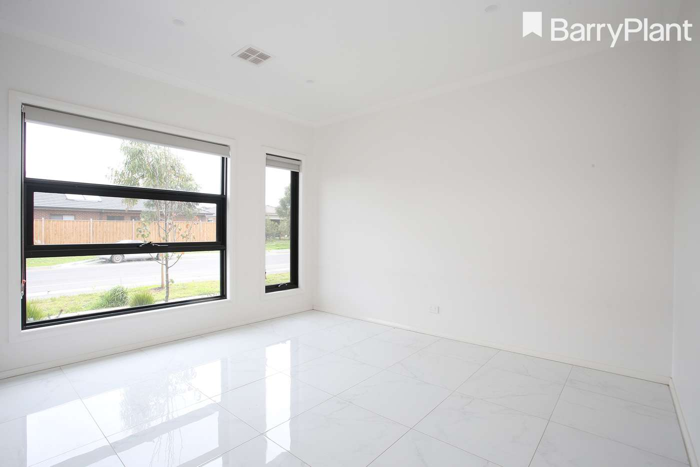Sixth view of Homely house listing, 89 Parkhurst Drive, Cranbourne East VIC 3977