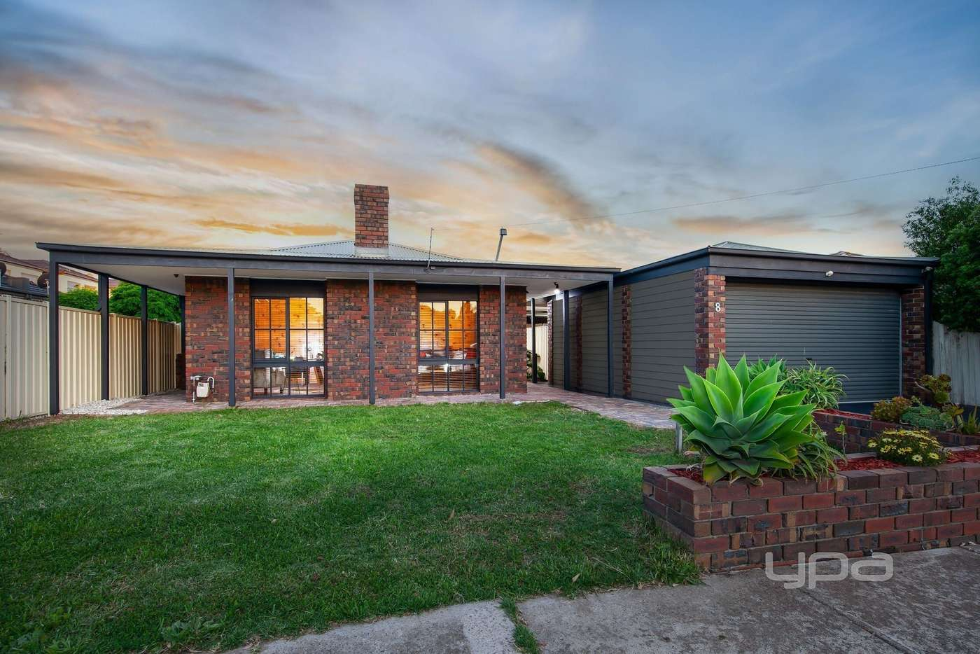 Main view of Homely house listing, 1/8 Montrose Court, Sydenham VIC 3037
