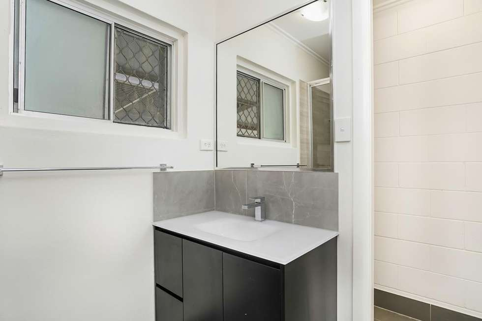 Fourth view of Homely semiDetached listing, 1/265 Aumuller Street, Westcourt QLD 4870