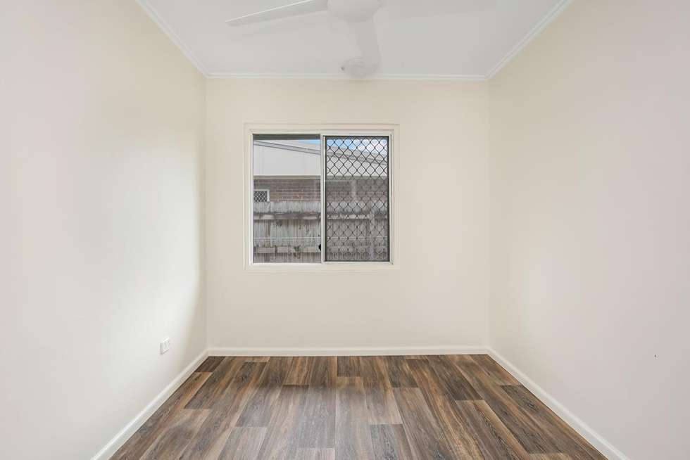 Fifth view of Homely semiDetached listing, 1/265 Aumuller Street, Westcourt QLD 4870