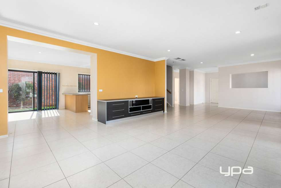 Second view of Homely house listing, 7 Deepdene Street, Caroline Springs VIC 3023