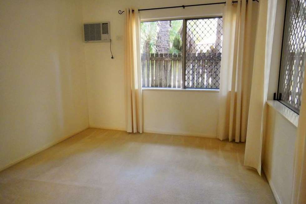 Fourth view of Homely unit listing, 2/9-11 Oyster Court, Trinity Beach QLD 4879