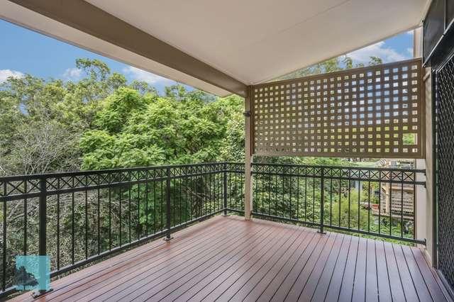 30 Dauphin Terrace, Highgate Hill QLD 4101