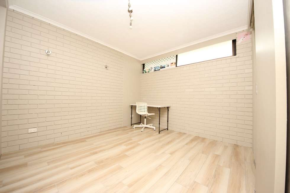 Fourth view of Homely unit listing, 102/40 Surf Parade, Broadbeach QLD 4218