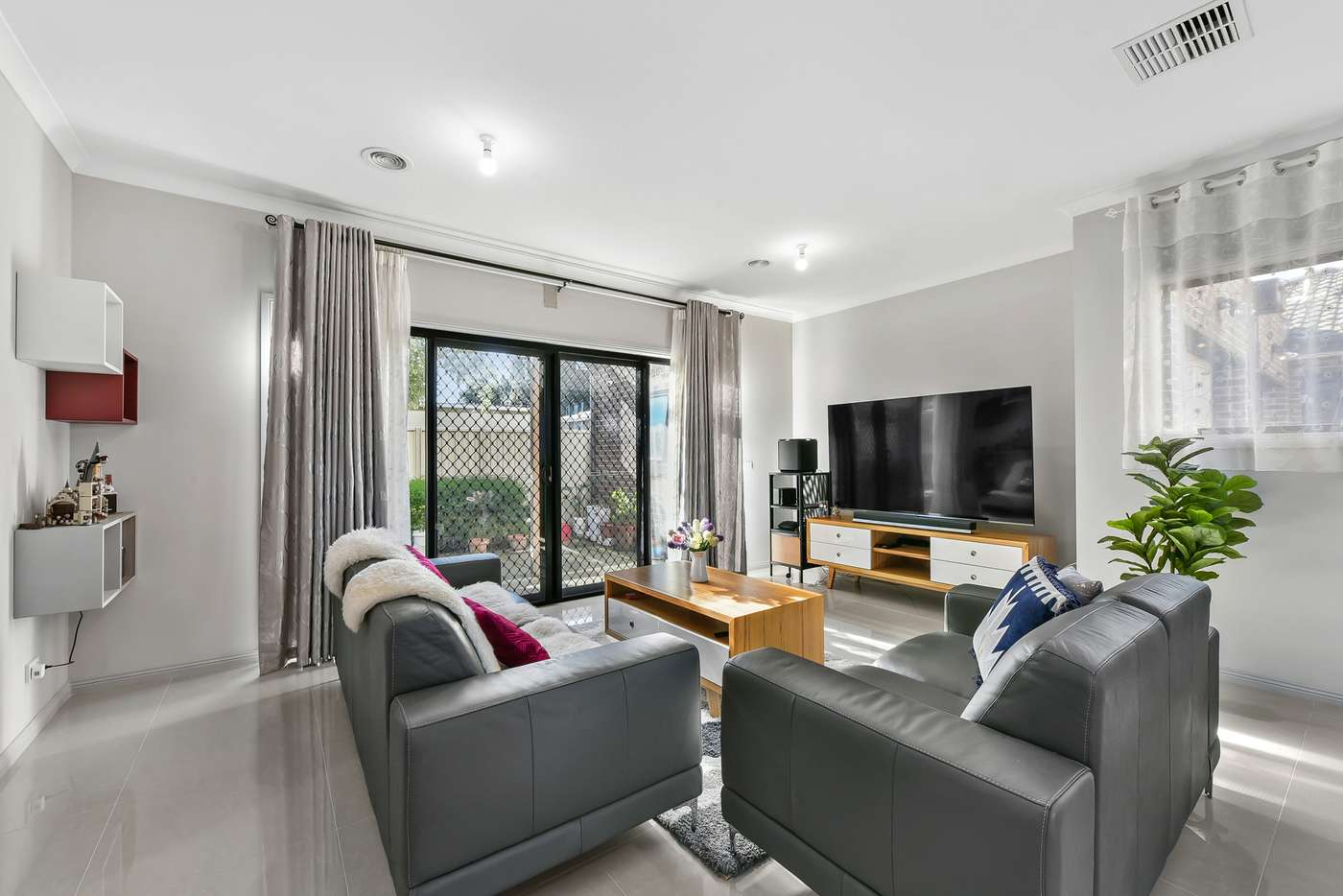 Sixth view of Homely townhouse listing, 2/11 Clive Street, Springvale VIC 3171