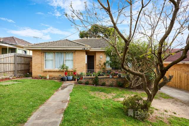 12 Barnett Grove, Noble Park VIC 3174