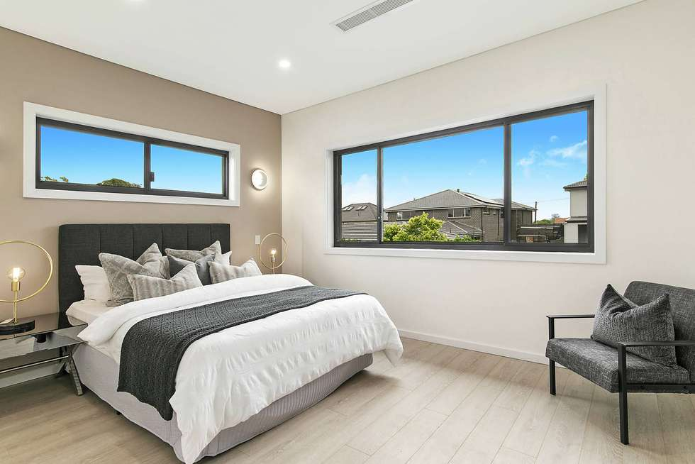 Fifth view of Homely semiDetached listing, 25 Tulong Ave Avenue, Oatlands NSW 2117