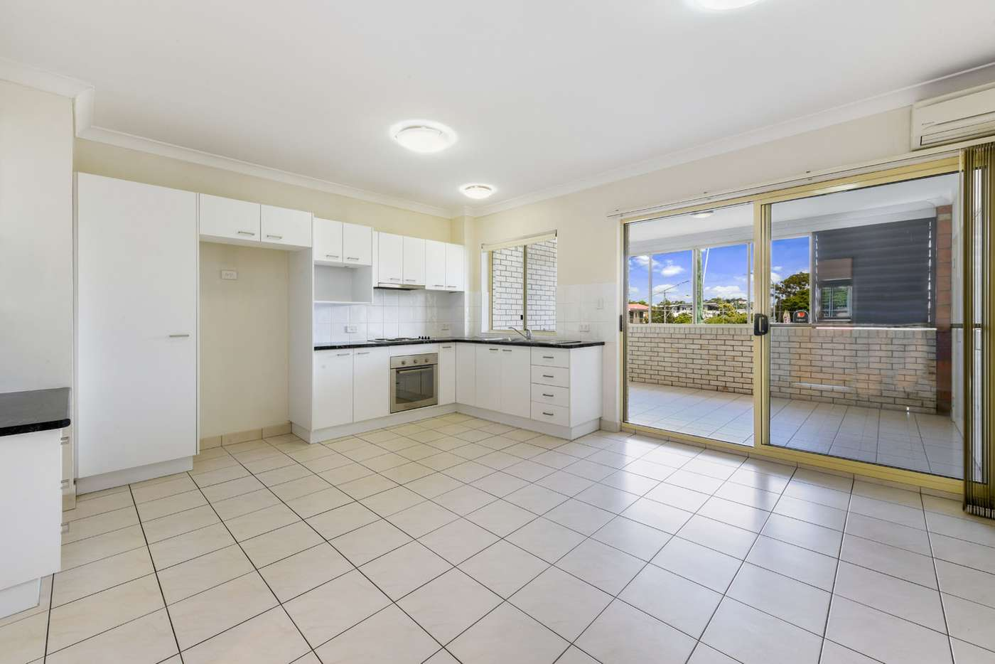 Main view of Homely unit listing, 16/115 Nudgee Road, Hamilton QLD 4007