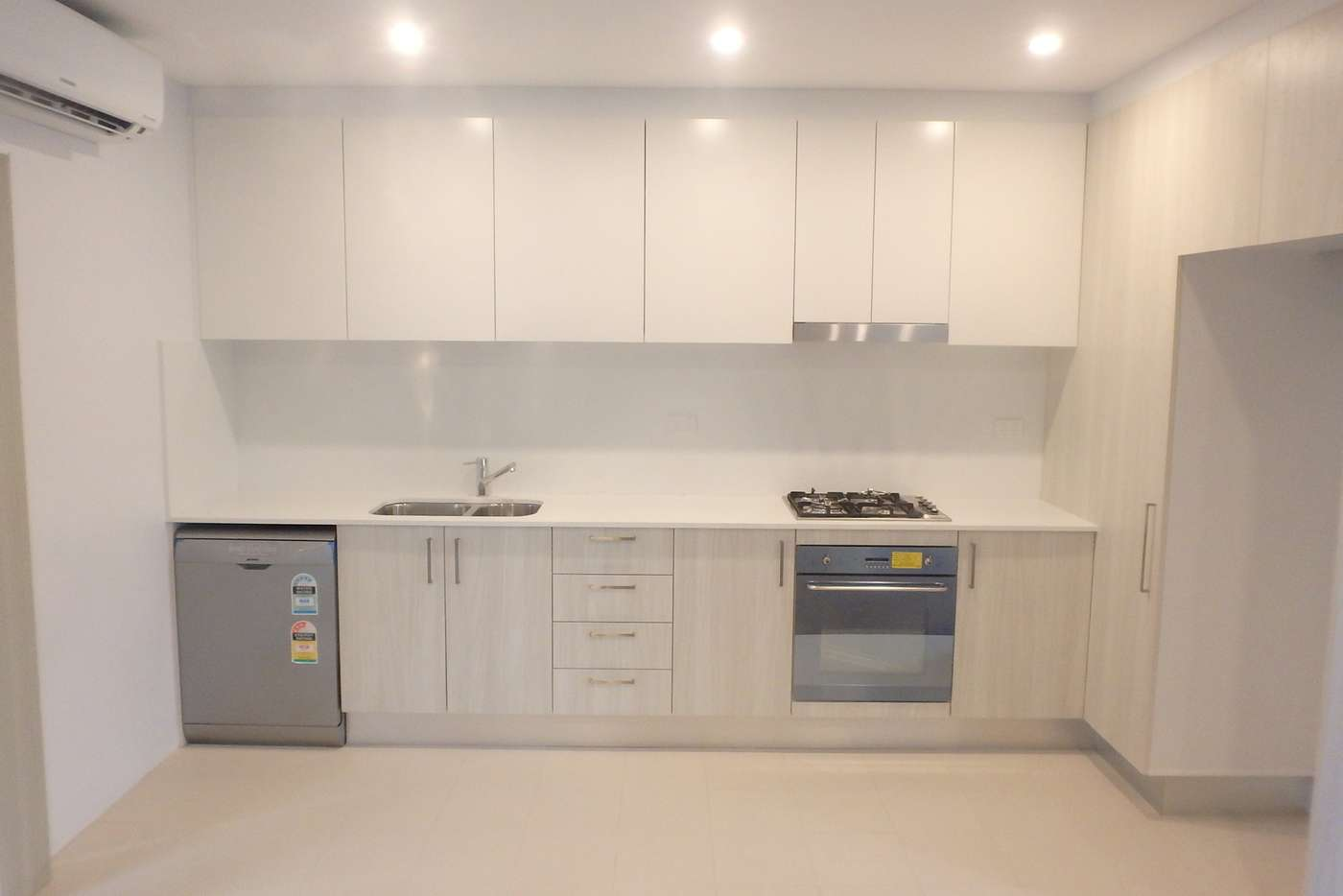 Main view of Homely unit listing, 9/61 New Canterbury Road, Petersham NSW 2049