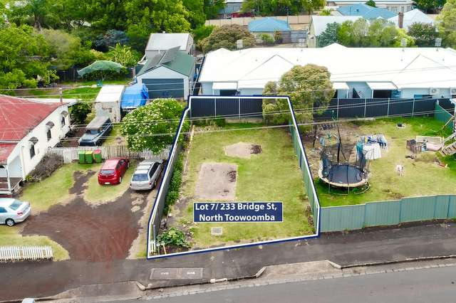LOT 7/233 Bridge Street, Toowoomba City QLD 4350