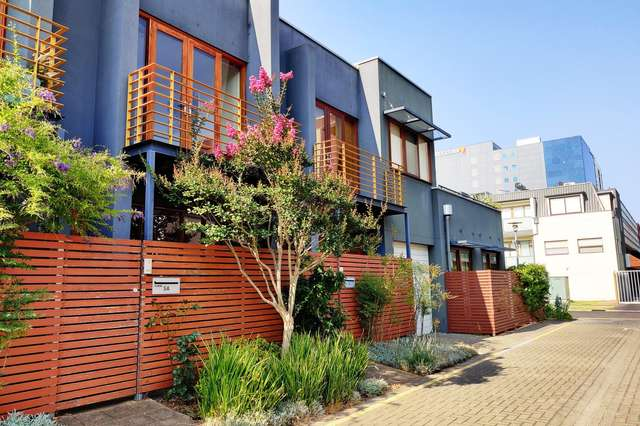 5A Spence Place, Adelaide SA 5000