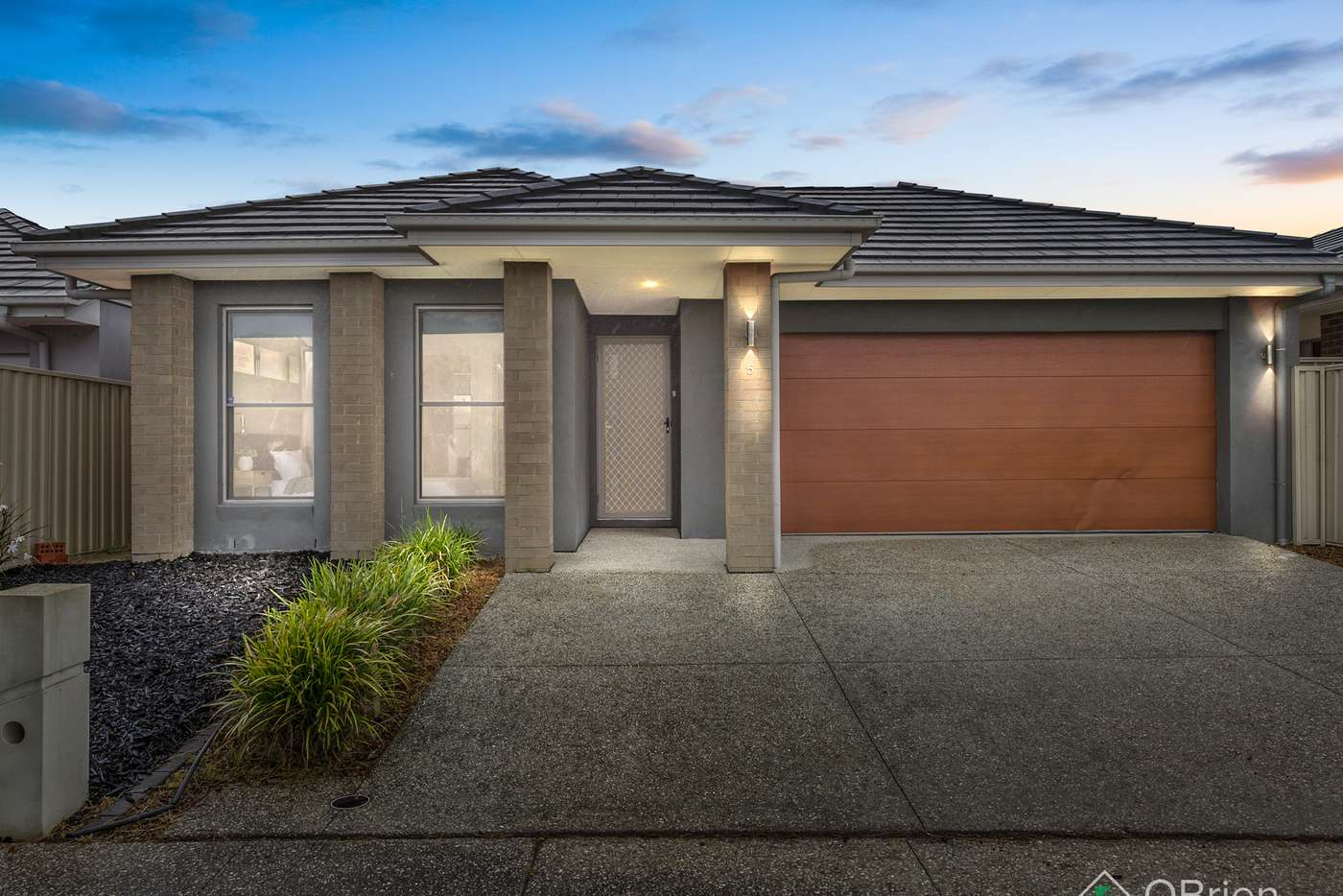 Main view of Homely house listing, 5 Pashanger Court, Pakenham VIC 3810