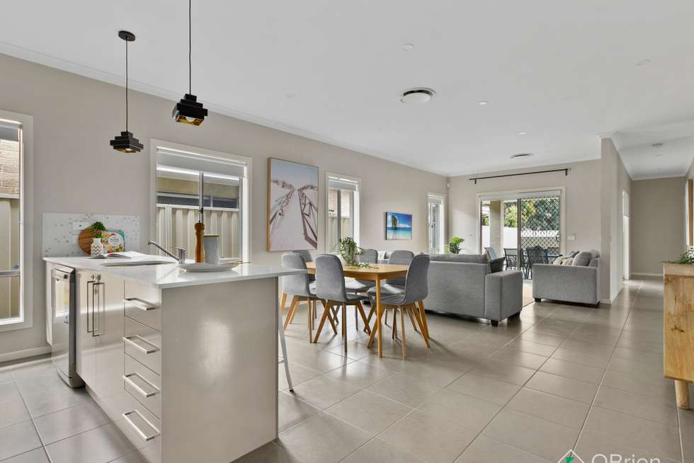 Fourth view of Homely house listing, 5 Pashanger Court, Pakenham VIC 3810