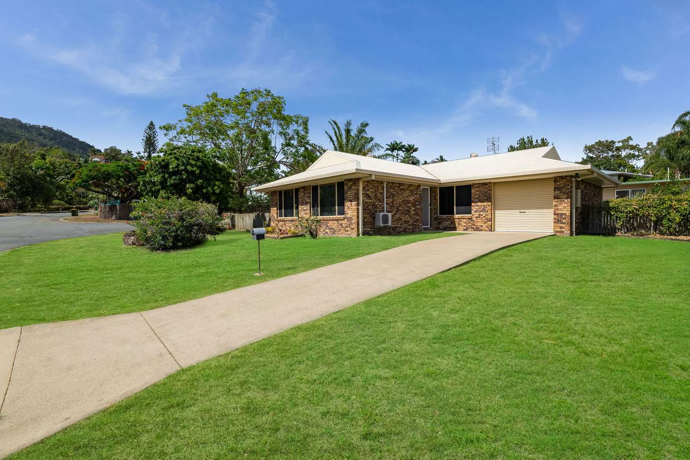 Main view of Homely house listing, 4 Manooka Drive, Cannonvale QLD 4802