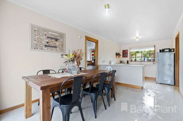 3 Florence Court, Brown Hill VIC 3350