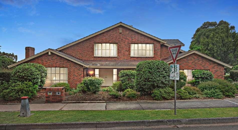 33 Donald Road, Wheelers Hill VIC 3150