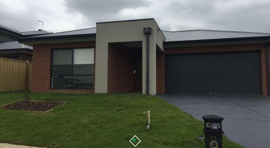 11 Viewgrand Drive, Pakenham VIC 3810