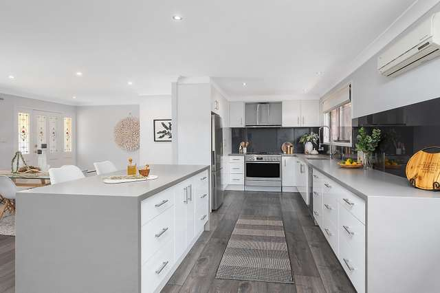 25 Ashley Avenue, Farmborough Heights NSW 2526