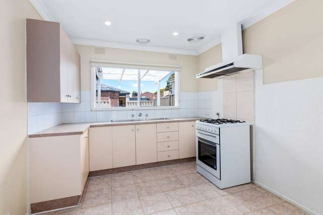1/15 Andrew Road, St Albans VIC 3021