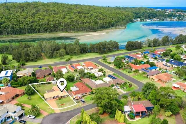 5 Honeysuckle Close, Burrill Lake NSW 2539
