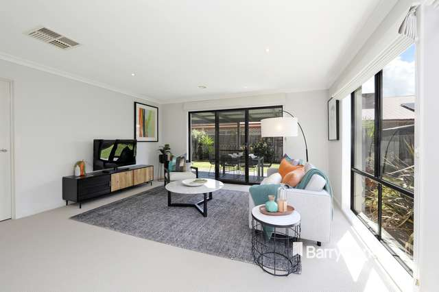 59 Sovereign Manors Crescent, Rowville VIC 3178