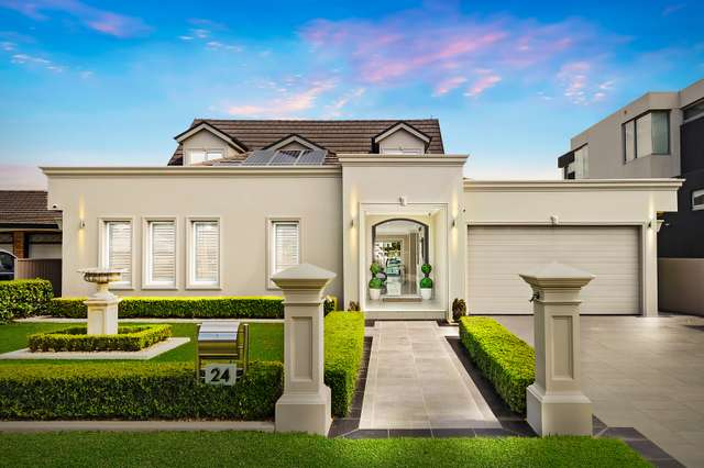 24 Castlereagh Crescent, Sylvania Waters NSW 2224