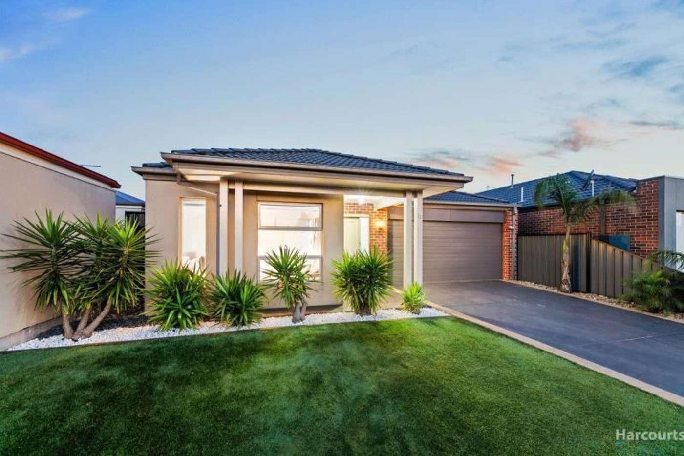 Main view of Homely house listing, 32 Brickwood Circuit, Craigieburn VIC 3064