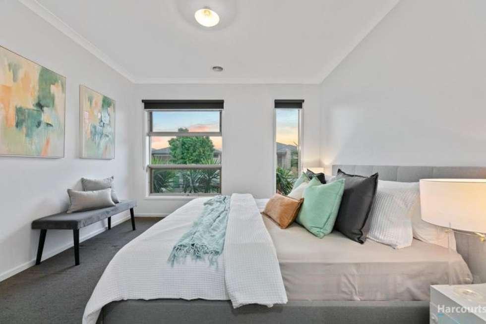 Third view of Homely house listing, 32 Brickwood Circuit, Craigieburn VIC 3064