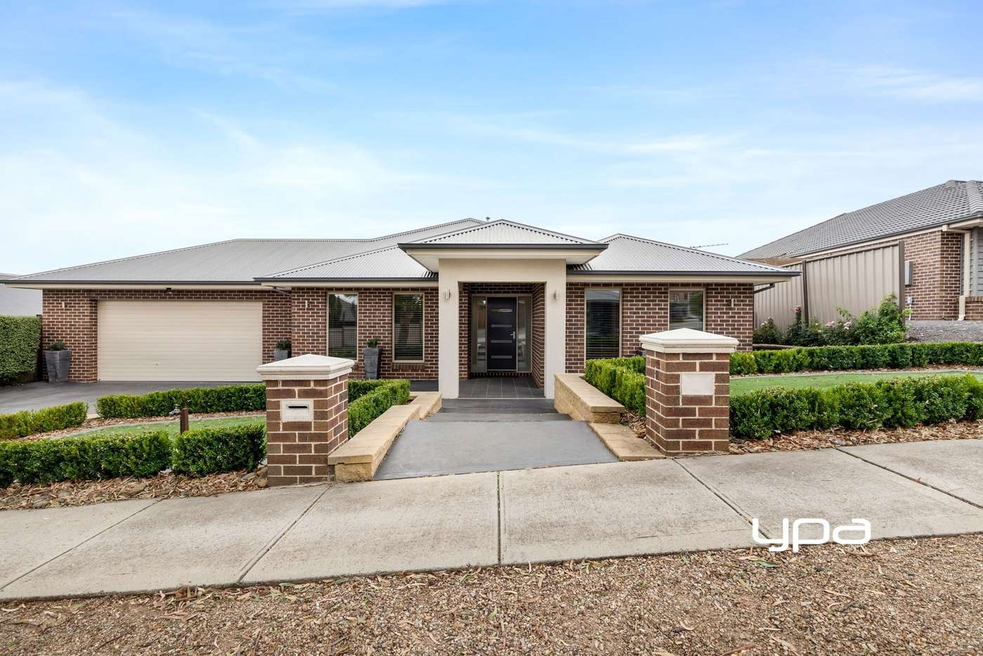 Main view of Homely house listing, 8 Waterloo Rise, Sunbury VIC 3429