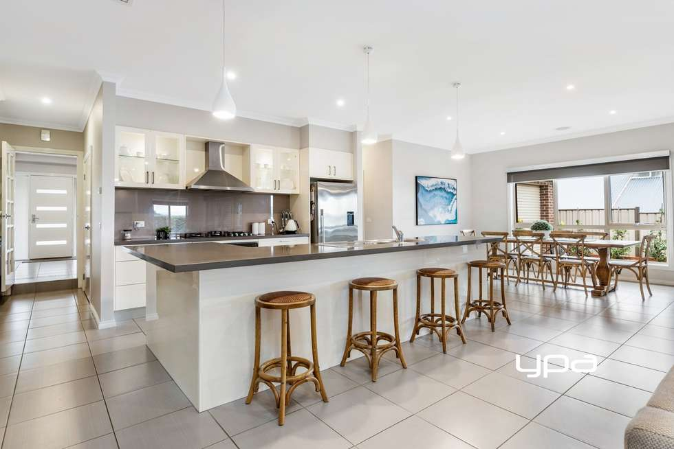 Third view of Homely house listing, 8 Waterloo Rise, Sunbury VIC 3429