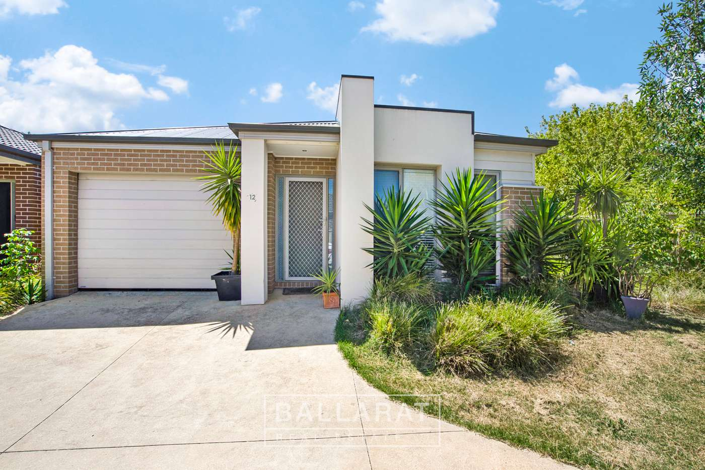 Main view of Homely townhouse listing, 12 Ranlea Place, Sebastopol VIC 3356