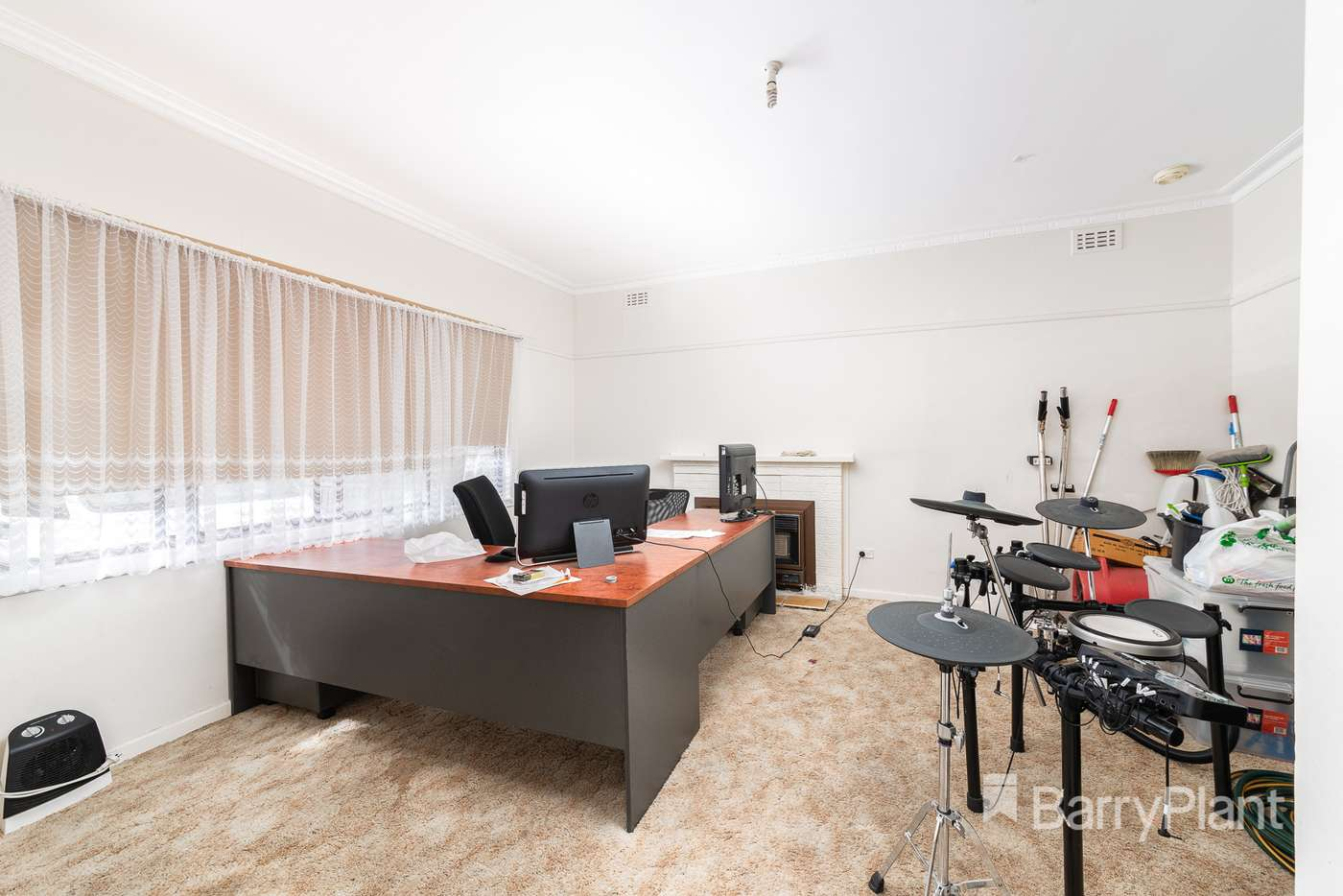Sixth view of Homely house listing, 15 Isla Avenue, Glenroy VIC 3046