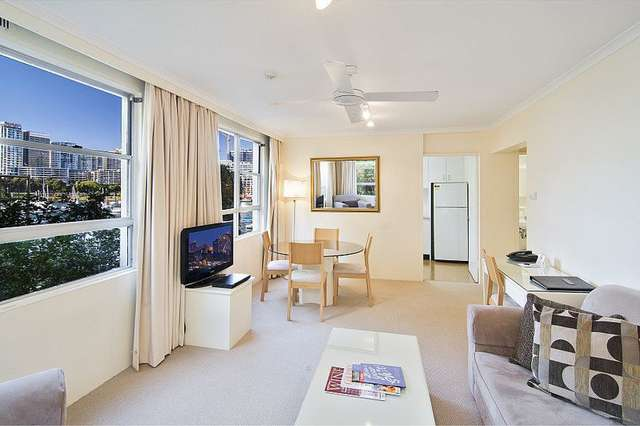 8/2A Henry Lawson Avenue, Mcmahons Point NSW 2060