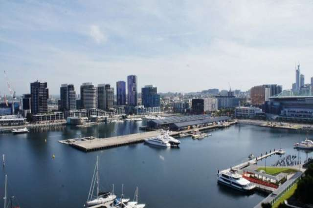 1505/9 Waterside Place, Docklands VIC 3008