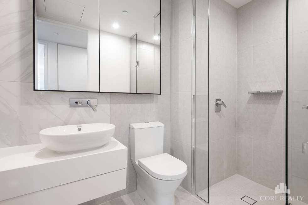 Third view of Homely apartment listing, 204/555 St Kilda Road, Melbourne VIC 3004