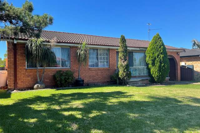 28 Warrimoo Drive, Quakers Hill NSW 2763