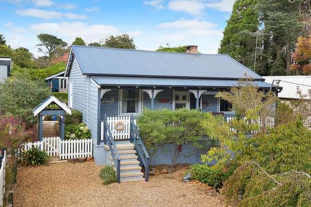 12 Gates Avenue, Katoomba NSW 2780