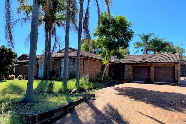 7 Atchison Road, Macquarie Fields NSW 2564