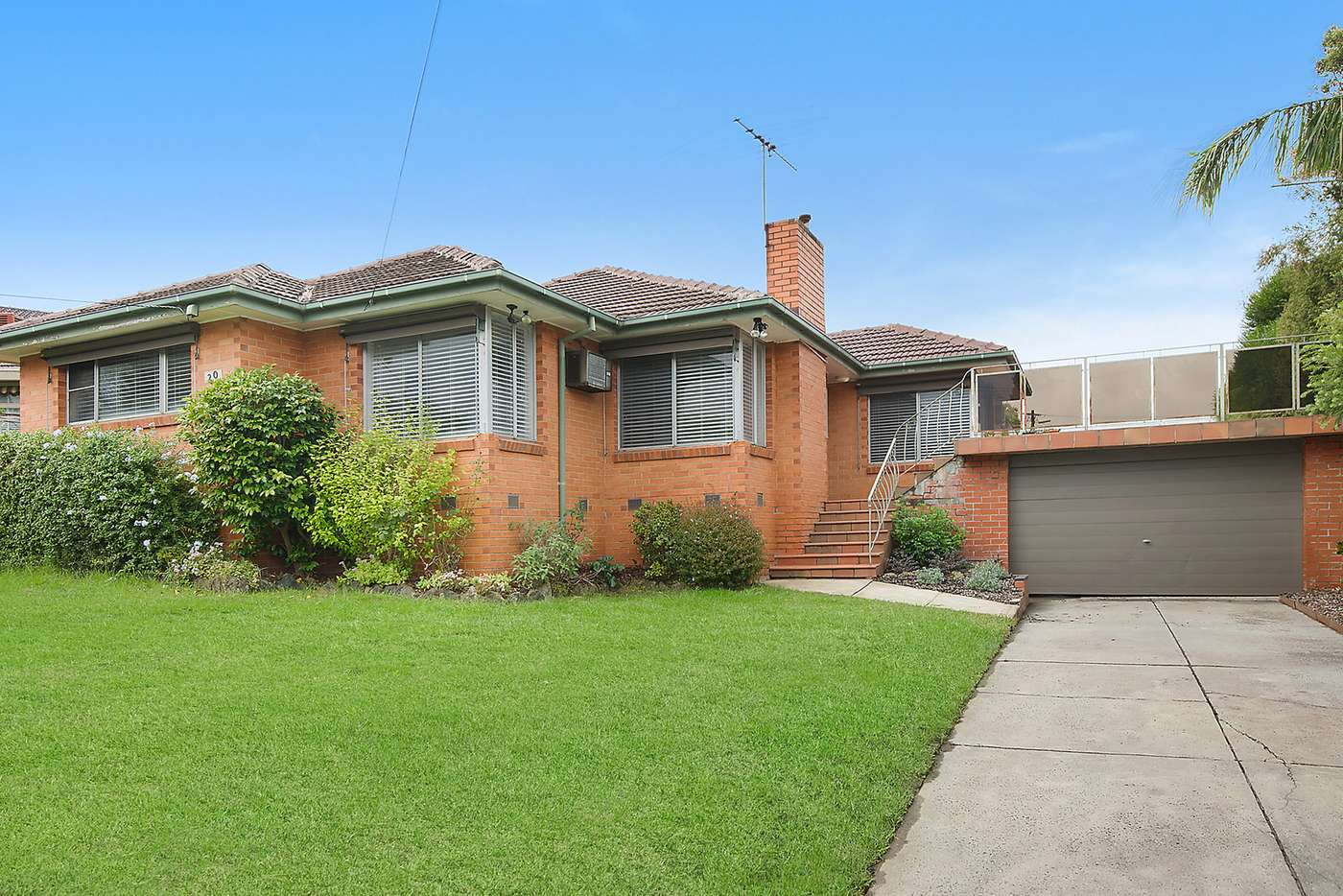 Main view of Homely house listing, 20 Myddleton Drive, Viewbank VIC 3084