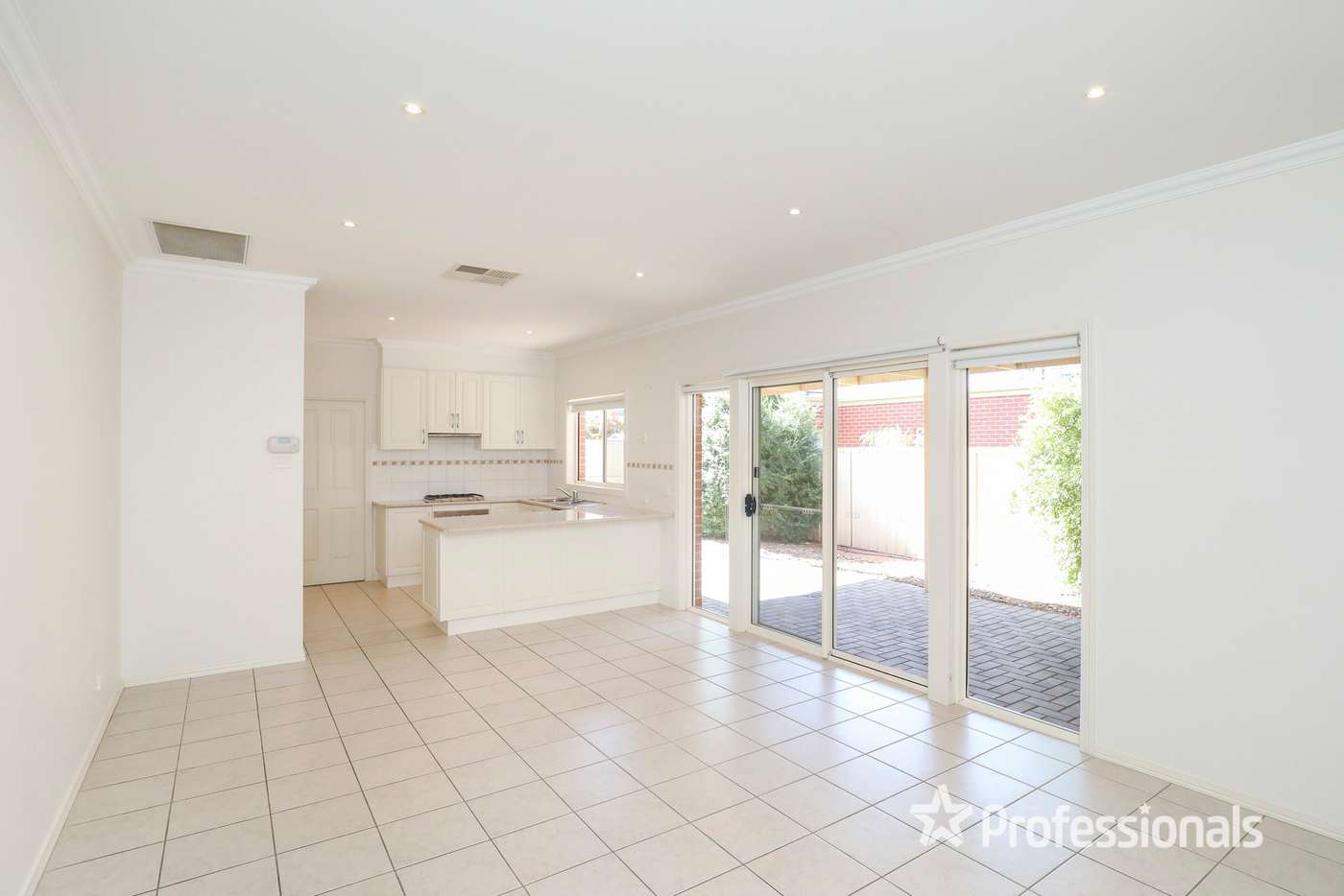 Fifth view of Homely townhouse listing, 33/313 Eighth Street, Mildura VIC 3500