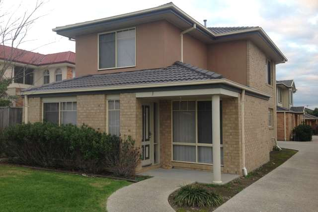 1/23 Farnborough Way, Berwick VIC 3806