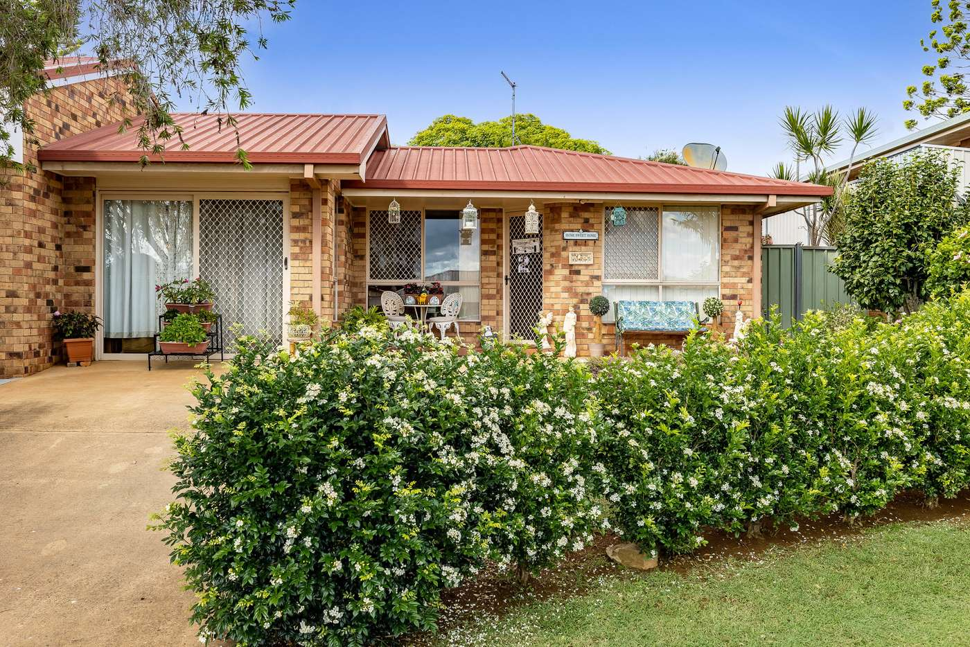Main view of Homely unit listing, 2/4 Araluen Court, Kearneys Spring QLD 4350