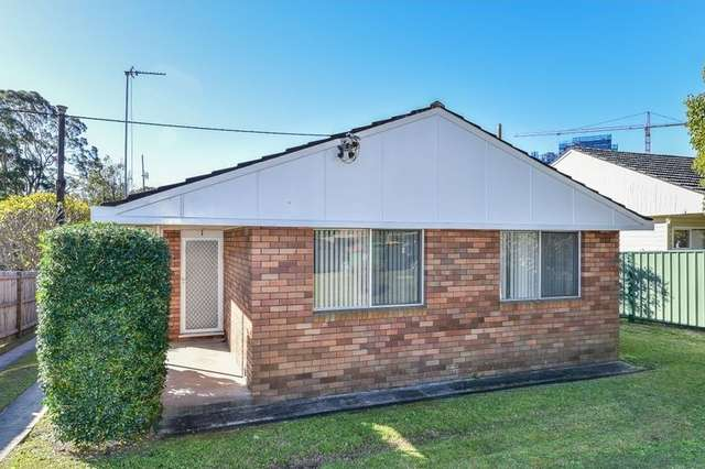 1/6 Sinclair Street, Gosford NSW 2250