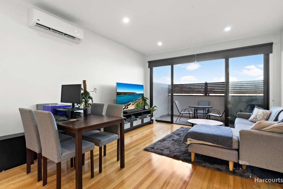 Third view of Homely townhouse listing, 3/100 Snell Grove, Oak Park VIC 3046