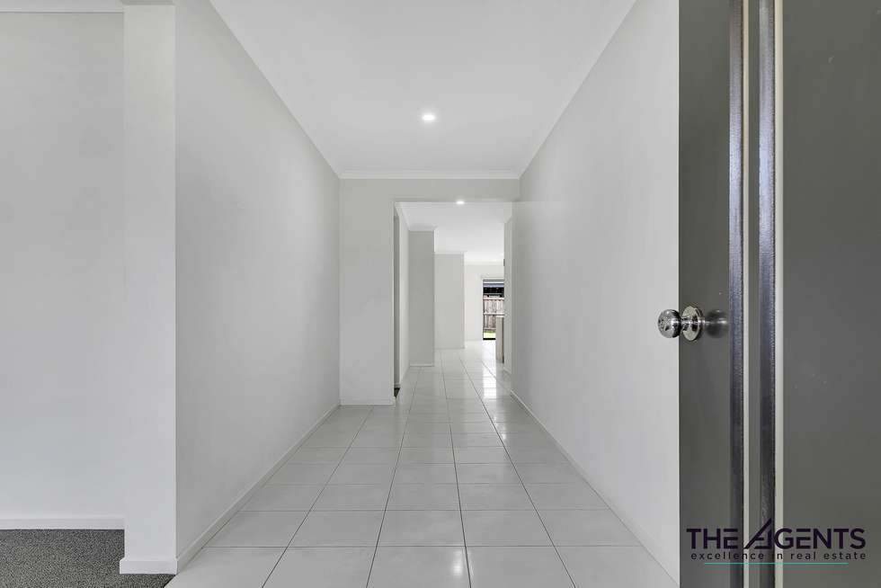 Second view of Homely house listing, 22 Bromley Circuit, Thornhill Park VIC 3335