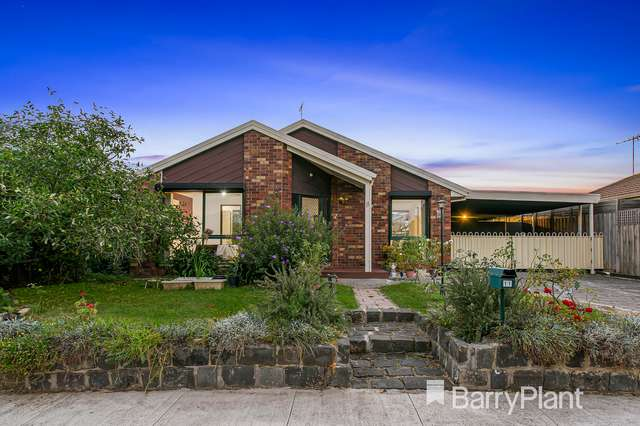 11 Golden Square Crescent, Hoppers Crossing VIC 3029