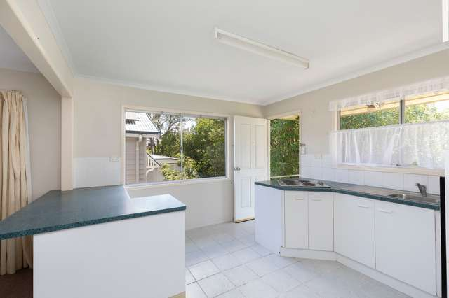 182 Norman Avenue, Norman Park QLD 4170