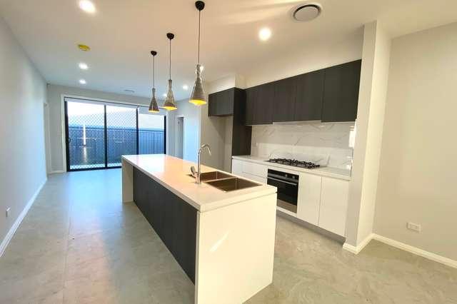 1/30 Persea Avenue, Riverstone NSW 2765