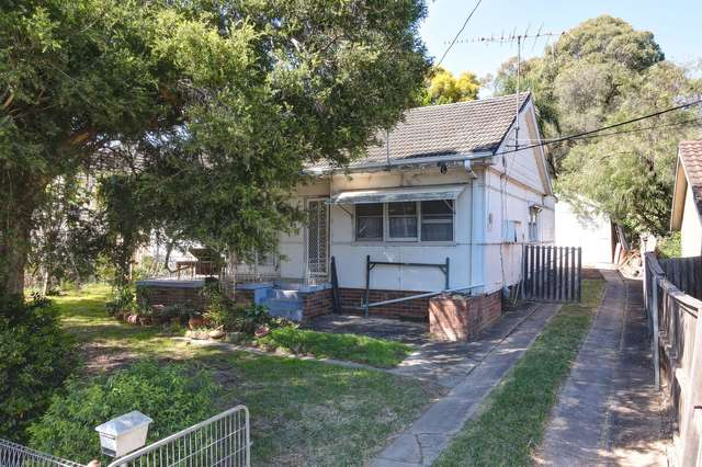 10 Laurel Street, Carramar NSW 2163