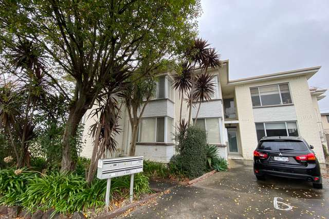 1/1 Omeo Court, Bentleigh East VIC 3165